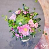 C'est avec une explosion florale que nous commençons cette nouvelle collection ! Voici le bouquet quintessence florale ! . . . #collectionflorale #notedecoeur #savoirfaire #fleursdesaison  #flowers #flowerstagram #flowershop #instafleurs #floweroftheday #oya #oyafleurs